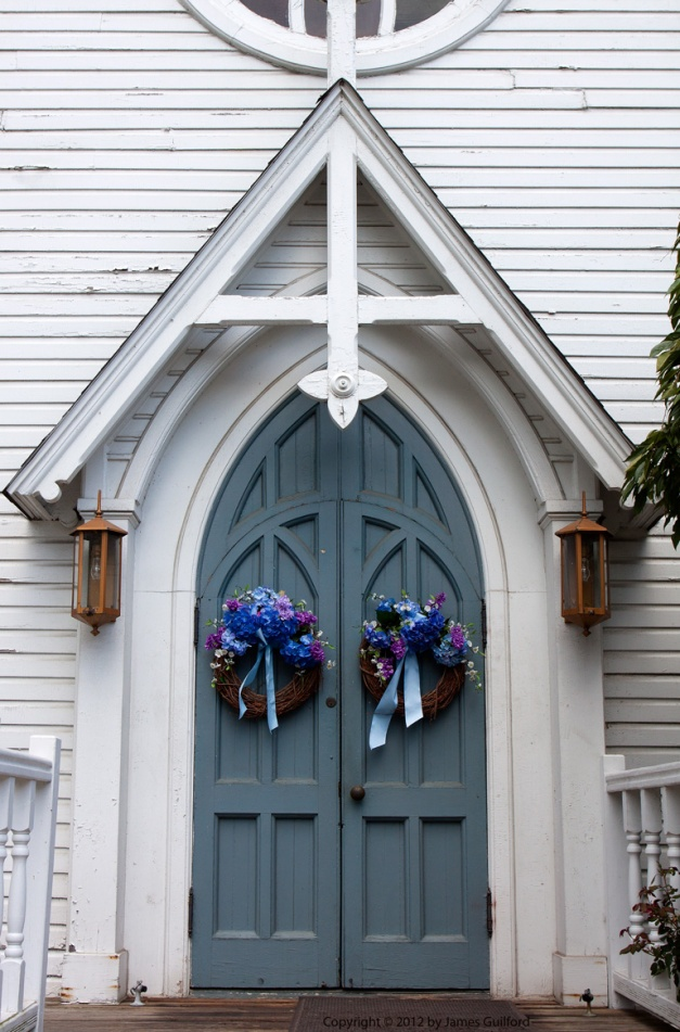Photo: Main entrance of a church in Peninsula, Ohio. Photo by James Guilford.