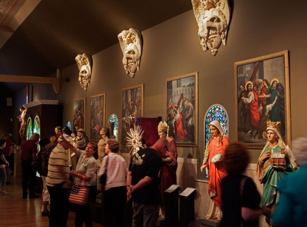 Photo: Interior of the Museum of Divine Statues. Photo by James Guilford.