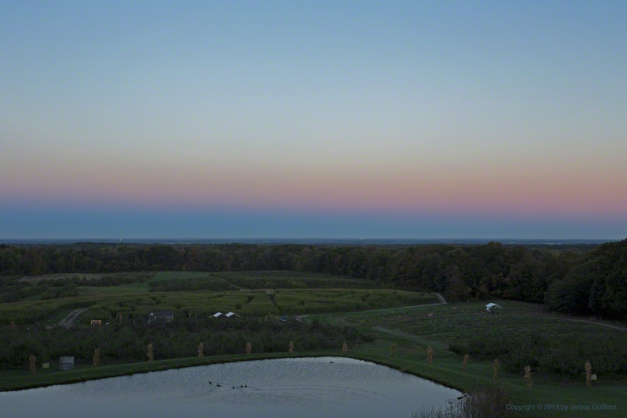 Photo: Belt of Venus phenomenon. Photo by James Guilford.