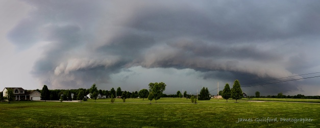 Photo: Formation: A ring of cloud spreads ahead of approaching rain-cooled air. Photo by James Guilford.
